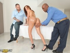 Cindy Ramirez takes a huge fucking in this hardcore cuckold transssexual interracial scene!@