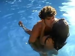 Brunette shemale screwed near pool