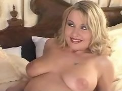 Chick sucks dick of perfect shemale